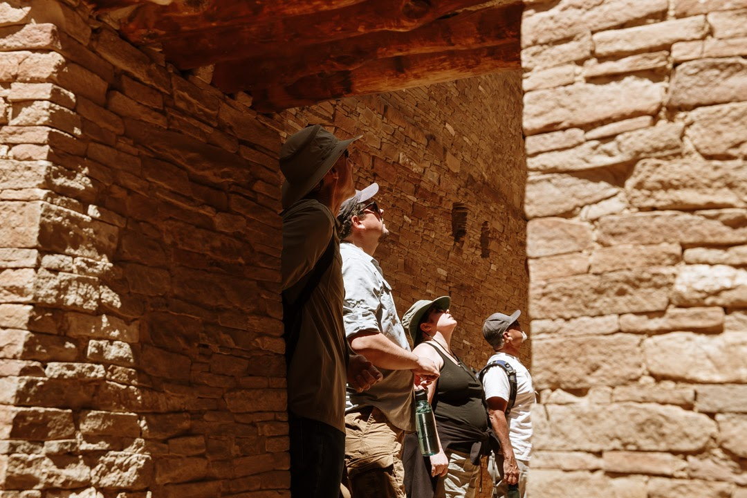Chaco Canyon with HI